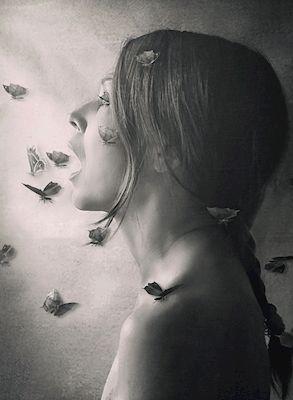 Annica Mari Albin - Frihet, portrait, black & white photo art, prints & posters