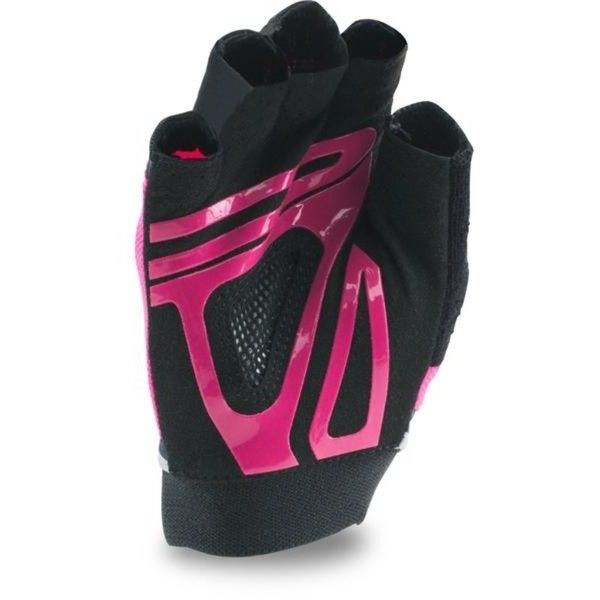 Under Armour Womens UA Flux Glove ($26) ❤ liked on Polyvore featuring accessories, gloves, silver fingerless gloves, under armour gloves, fingerless gloves, silver gloves and under armour