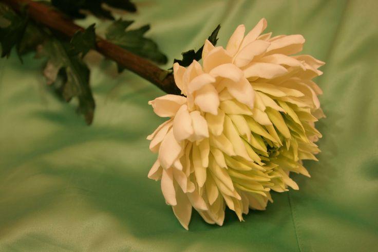 Мастер-класс - хризантема из холодного фарфора, полимерная глина . Комментарии : LiveInternet - Российский Сервис Онлайн-Дневников
