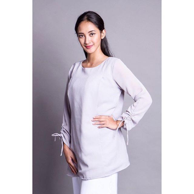 Saya menjual Baju Menyusui Hijab Amade Blue seharga Rp245.000. Dapatkan produk ini hanya di Shopee! http://shopee.co.id/amandacallista/12025586 #ShopeeID
