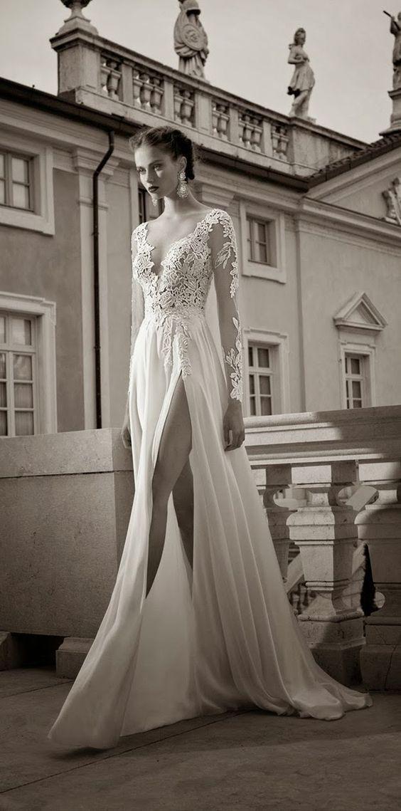 Vestido de Noiva com fenda e manga longa rendada - Tendências 2016