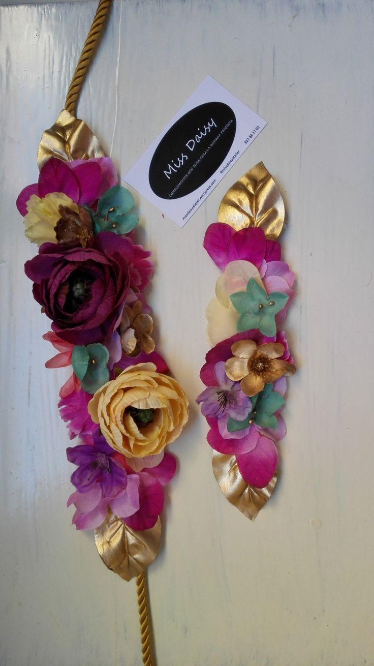 cinturón de flores peineta a juego invitada perfecta complementos invitadas