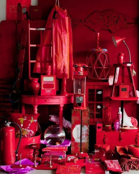 Se conocen 105 tonalidades del color rojo
