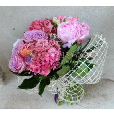 buchet hortensie si trandafiri