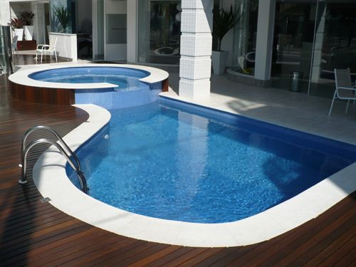 1000 ideias sobre piscinas pequenas no pinterest - Piscina prefabricada pequena ...