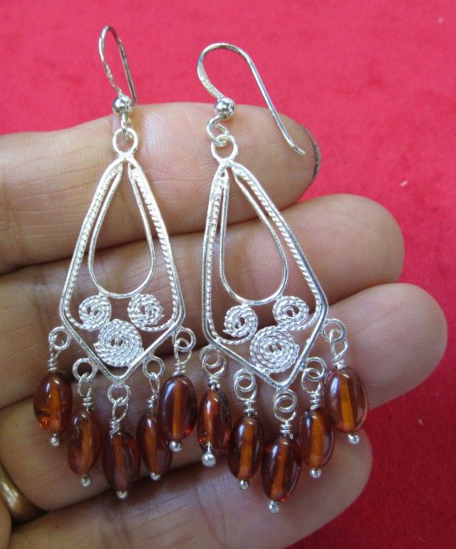 25Cts Amber Silver  Earring Sheppard Hook  AGR674  AMBER EARRINGS IN SILVER SETTING GEMSTONE SET JEWELLERY AT GEMROCKAUCTIONS