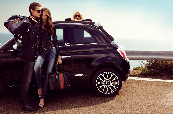 Attention to detail, feeling of elegance and style, in other words: Fiat 500C by Gucci.   http://www.fiat500bygucci.com
