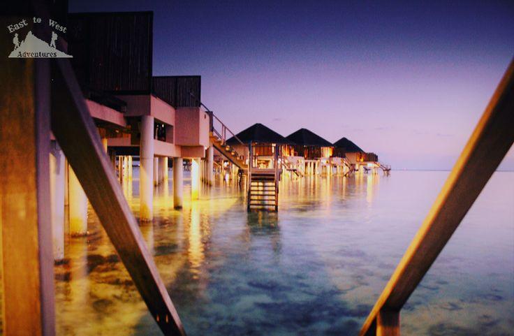 Water villas in the Maldives فيلا فوق المياه في المالديف    #easttowestadventures #maldives #travelblogger #travelphotography  To know more about our trip to the Maldives check the blog لمعرفة المزيد عن رحلتنا إلى جزر المالديف يمكنك قراءة المدونة على الرابط http://www.easttowestadventures.com/en/