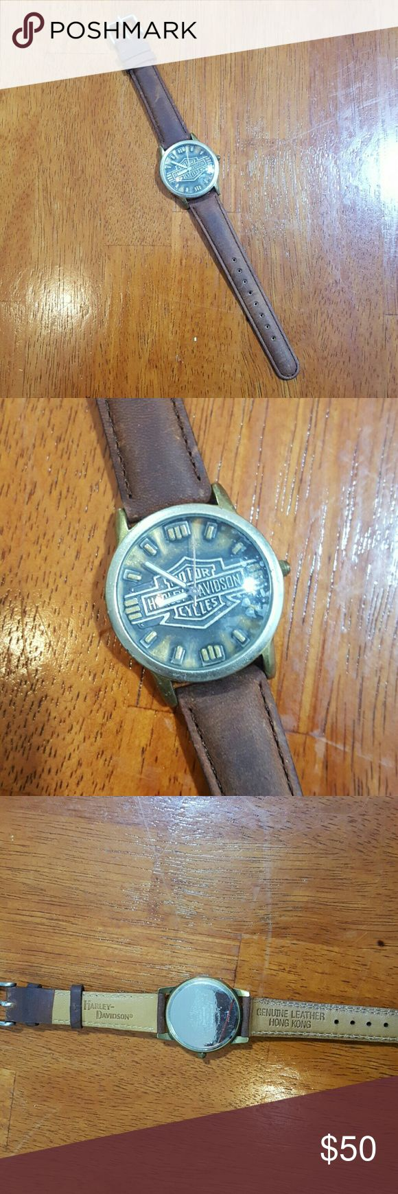 Harley Davidson watch mens Brown geniune leather..newlike...silver and gold face..plastic is still on glass...needs a battery.. Harley-Davidson Accessories Jewelry