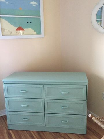 Suzie Taubert used Seaglsss to update my formerly white furniture when the Rental Company insisted on a white bedspread. #dixiebellepaint #bestpaintonplanetearth #chalklife #homedecor #doityourself #diy #chalkmineralpaint #chalkpainted #easypeasypaint #makingoldnew #whybuynew #justpainting