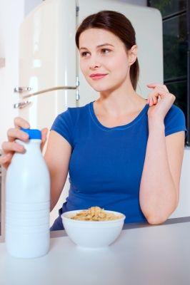 Benefits of Soy Milk, Coconut Milk, Almond Milk, Rice Milk and Dairy Milk