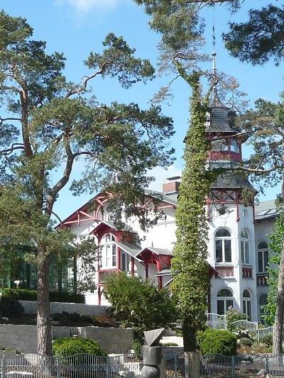 Ferienhäuser an der Strandpromenade des Ostseebades Zinnowitz.