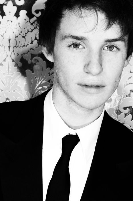 Eddie Redmayne photo by Ed Miles  BAFTA Film Awards 2007 after party at the Grosvenor House
