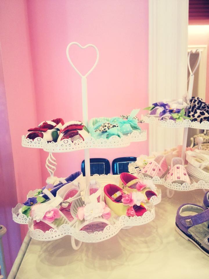 ¿Zapatos o pasteles? #BambiniAllaModa www.gigiotopo.com