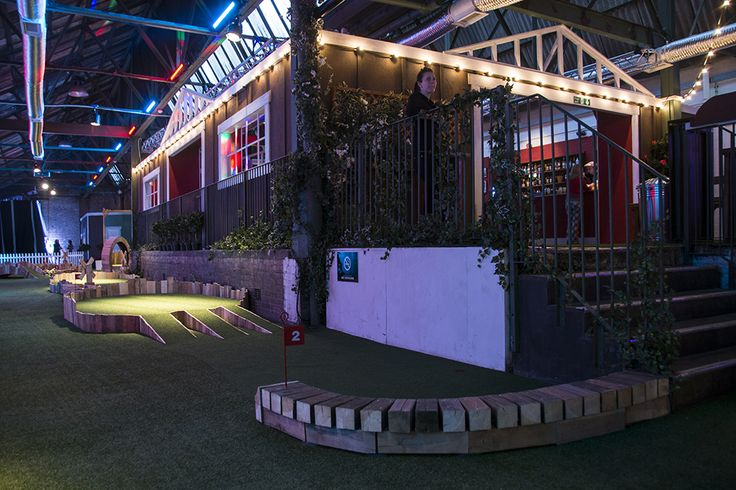 Swingers, London. Drinks are just as serious as golf here (or just as fun, either way). With a whisky-heavy menu of cocktails, lots of boozy jugs, and even an elegant wine and bubbles bar if you're so inclined.  #bestbars #whisky #gentlemanjack #jackdaniels #minigolf #bars #london #shoreditch #popup #drinks #cocktails