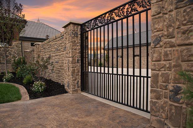 Horizontal Metal Fence
