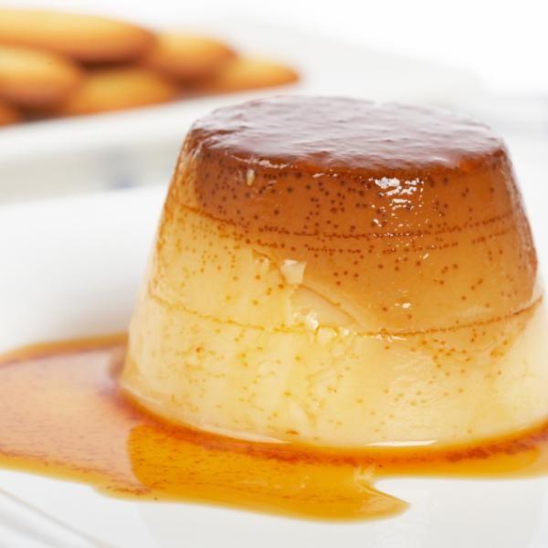 Aprende a preparar flan al baño María con esta rica y fácil receta. Podemos elaborar flan casero de múltiples formas, en frío, en el microondas, en el horno e,...