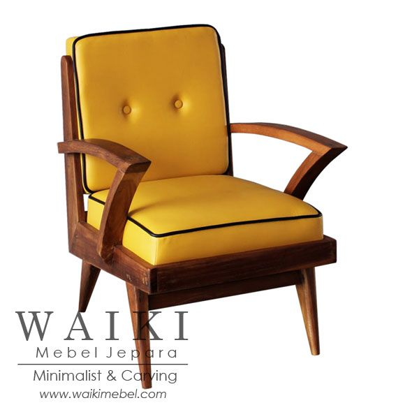 Japara Living Chair - Model kursi tamu retro 1960. Waiki Mebel produsen furniture kursi retro scandinavia vintage Jepara teak living chair at factory price.