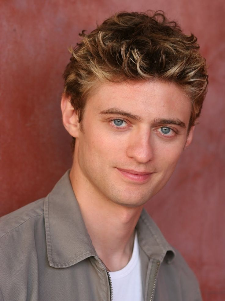 Day 13: Favorite voice actor would be Crispin Freeman