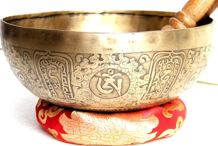 Lazítanál? Töltődj fel a tibeti hangtál harmonikus erejével. Webáruházunkban itt találod: http://www.tibetan-shop-tharjay-norbu-zangpo.hu/hangtal/tibeti-hangtal-1095-gramm-20.5-cm-atmero-7-fembol-mantras
