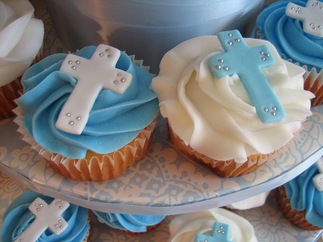 Baptism Cake & Cupcakes - Close up | Flickr - Photo Sharing!