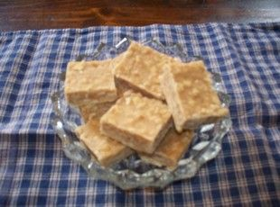 Friend said was very good    Peanut butter fudge w/crackers    2 c 	sugar  2 Tbsp 	butter  1/2 c 	milk  1 c 	peanut butter  1 	sleeve saltines, crushed  1 tsp 	vanilla extract    Place the sugar, butter and milk in a saucepan and heat on medium until it starts to boil. Stir occassionally. Once it starts to boil, boil for 1 minute only and remove from heat.  Stir in peanut butter, saltines and vanilla.  Pour into a greased 8 x 8 pan and chill.