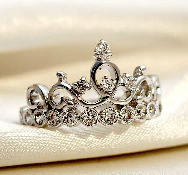 a daughter of a king... 925 Sterling Silver Crown With Crystal Women's Ring - USD $40.95
