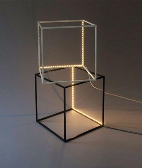 LE DE Un LUMINAIRES   SUPERCUBE LED Floor Lamp