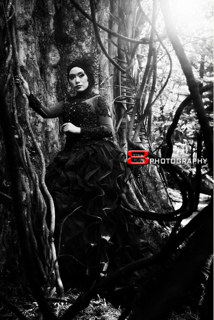 #hijabgaun #gaun #hijabgothic #hijabgothicstyle #blackandwhite #bandung #westjava #dresscode #bandungphoto #bandungphotography #bandungfotografi #bandungfotografer #hijabmodel #fashion #model #instagram #instabandung #instaindo #photooftheday