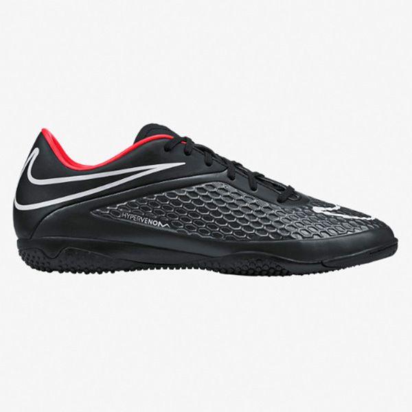 Sepatu Futsal Nike Hypervenom Phelon IC 599849-016 merupakan sepatu yang dirancang dengan sangat baik dan akan membuatmu terpukau bahkan sebelum kamu melakukan tendangan pertama. Diskon 15% untuk sepatu ini dari Rp 799.000 menjadi Rp 679.000.