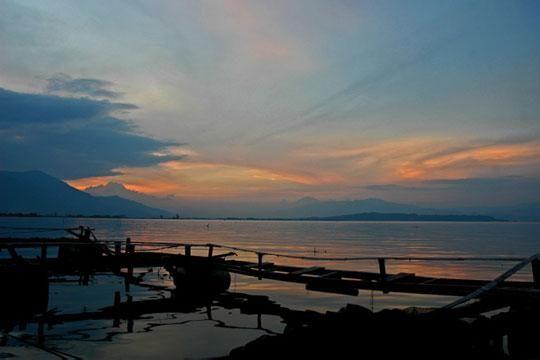 Jambi, Sunset Wisata Alam Danau Kerinci: Wisata Alam Danau Kerinci