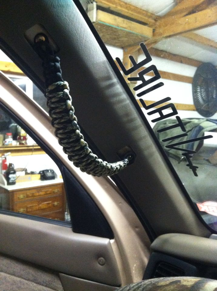 Paracord grips for Toyota Tacoma