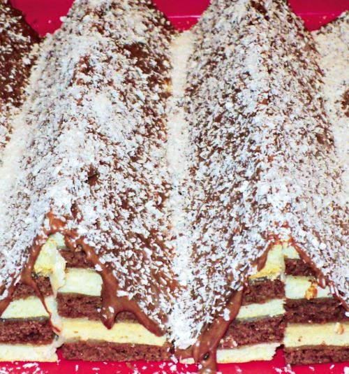 "Prajitura ""Munţi"" | Retete culinare - Romanesti si din Bucataria internationala"