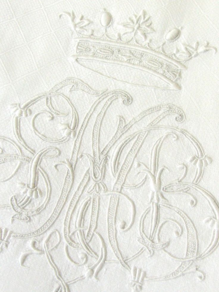 monograms with a couronne (crown) usually came from a noble household
