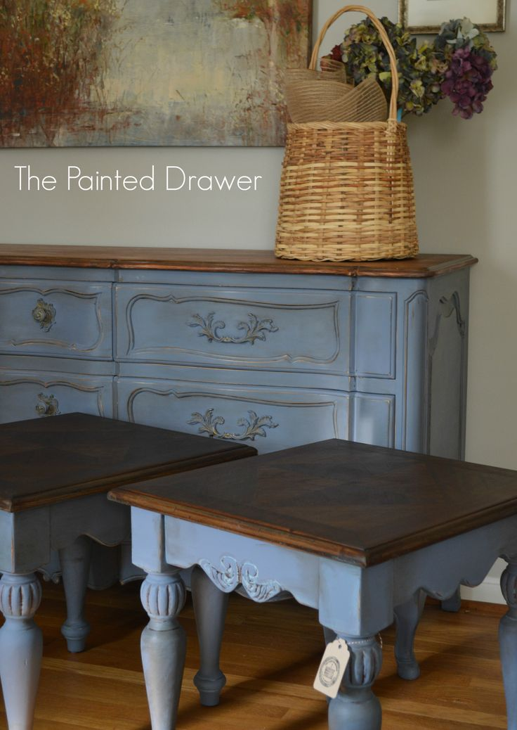 Bedroom Set with Old Violet Chalk Paint® | Project by The Painted Drawer