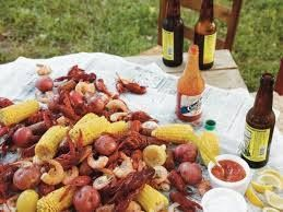 Big Daddy Loves Low Country Boils!!! Low Country Boil 4 pounds small red potatoes 5 quarts water 1 (3-ounce) bag of crab boil seasoning 4 tablespoons Old Bay seasoning 2 pounds kielbasa or hot smoked link sausage, cut into 1½-inch pieces 6 ears of corn, halved 4 pounds large fresh shrimp, peeled and deveined …