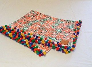 Lonas de playa de algodón con flecos o borlas. http://gabyboccardo2.mitiendanube.com/lonas/lonas-de-playa-con-flecos-o-borlas/