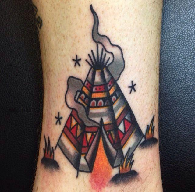 Old school tattoo www.tattoodefender.com #Oldschool #tattoo #tatuaggio #tattooart #tattooartist #tatuaggi #tattooidea #ink #inked #traditional #traditionaltattoo