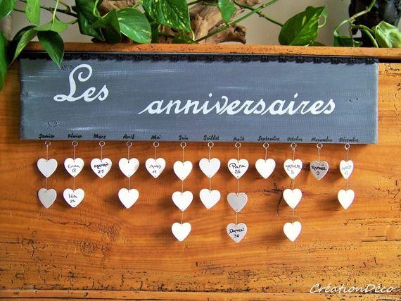 Cadre déco bois anniversaire avec coeurs