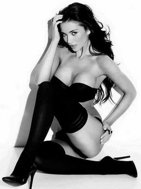 Black & White babes