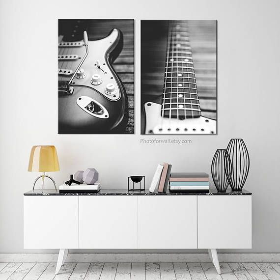Set of 2 prints Fender electric guitar black and white photography #photoforwall #gallerywall #homedecor #home #livingroomdecor #photooftheday #Photo4wall #wallart #walldecor #prints #guitare #fender #music #musician #musicplayer #blackandwhite #blackandwhitephotography #office #officedesign #officedecor #furniture #canvas