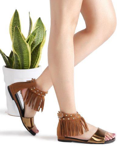Коричневые модные сандалии с бахромой
