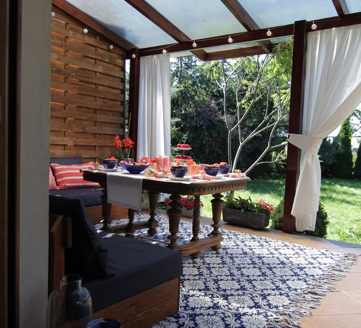 outdoor decoratins by DECOLOGICA, Navy blue and coral ideas