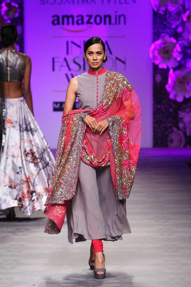 Siddartha Tytler at Amazon India Fashion Week Spring/Summer 2016