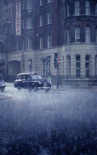 London Rain   Flickr - Photo by Ray Cunningham