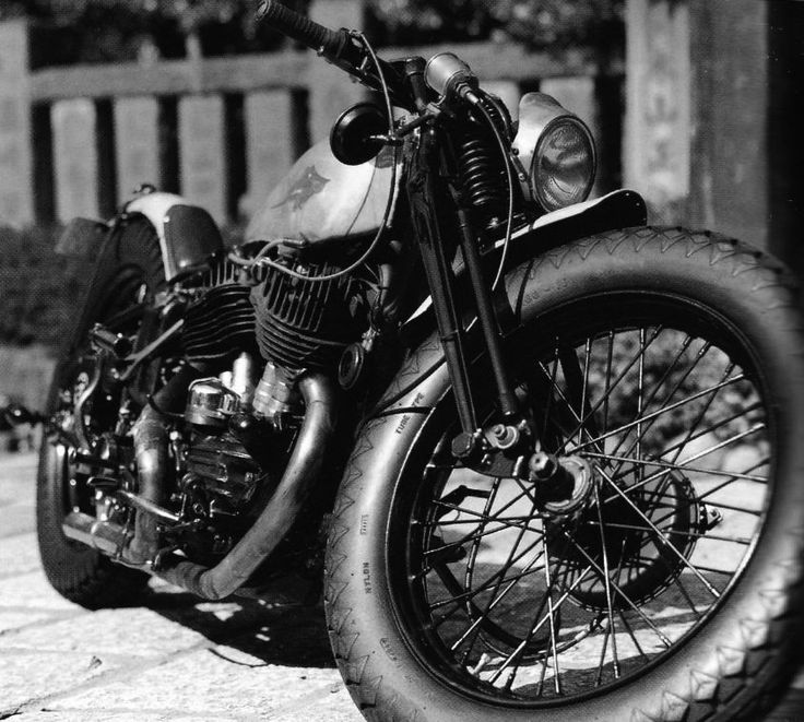 awesome: Harley, Bobbers, Motorbikes, Cars Motorcycles, Custom Motorcycles, Wheels, Cafe Racer, Motorcycles Cars