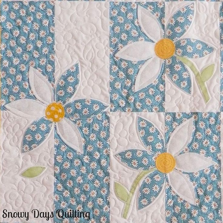 This delightful quilt was inspired by our Wallflower quilting tutorial, and we think it's beautiful! #msqcshowandtell #Repost @snowydaysquilting ・・・ This Crazy Daisy quilt was inspired by the Wallflower tutorial by Missouri Star Quilt Company. All of the quilting is freehand. More pictures are on the blog today. Link in profile.