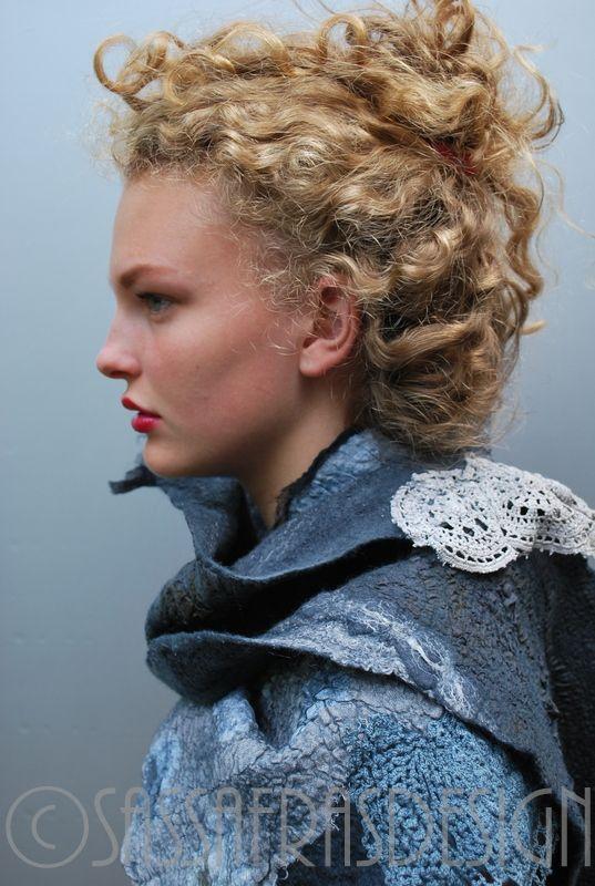 """Titanium"" Fiber art by Claudia Burkhardt Model: Irthe Zandstra"