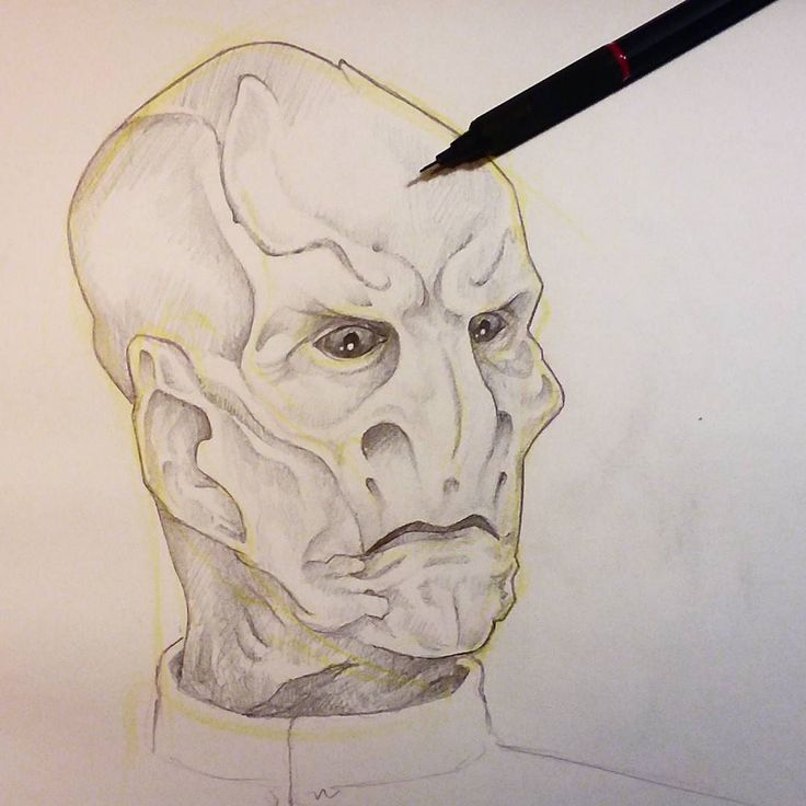 Just finished drawing this one during a live session. Will be doing another live session in a few minutes. This is Saru from the new series Star Trek Discovery (which is... how you say... amazeballs?) #art #artwork #liveart #livesession #drawings #doodles #startrek #startrekdiscovery #starwars #discovery #saru #pencildrawing #alien #aliens #daynoart #freelanceartist #portrait #graphicdesigner #logodesign #sketch #tattoo #tattooart #tattoodesign #linework #space #scifi