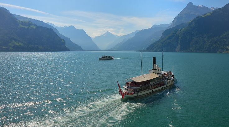 Wilhelm Tell Express - Lake Lucerne